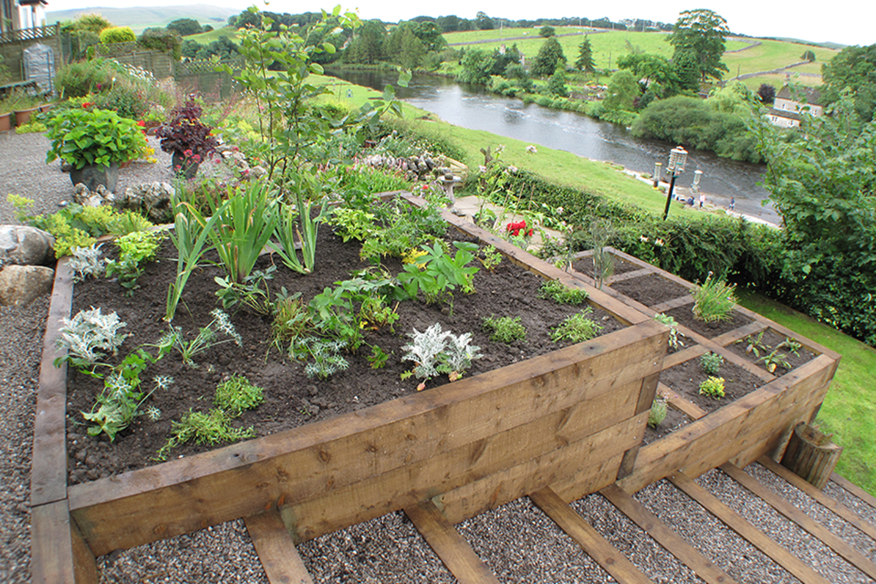 Sloping Garden Ideas | Yorkshire Gardens on Sloping Garden Ideas id=53283
